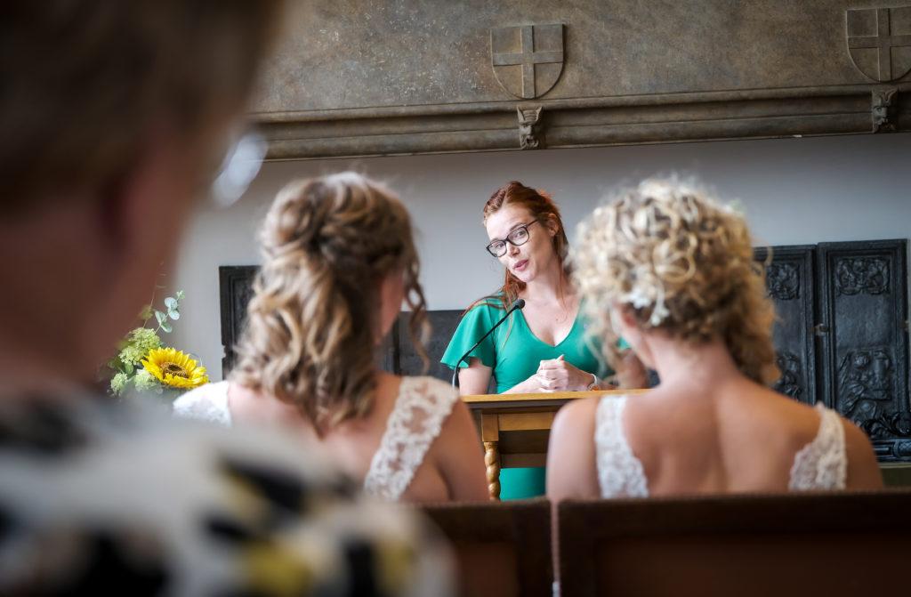 interview deltion college bruiloft trouwambtenaar Saskia trouwt BABS Benno Wonink
